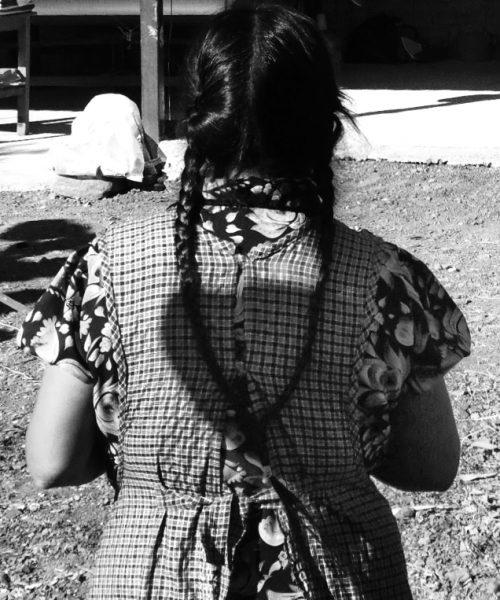woman-back-oaxaca-artesan-studio-unseens