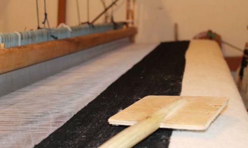 weavers-of-morocco-loom-studio-unseens-wool